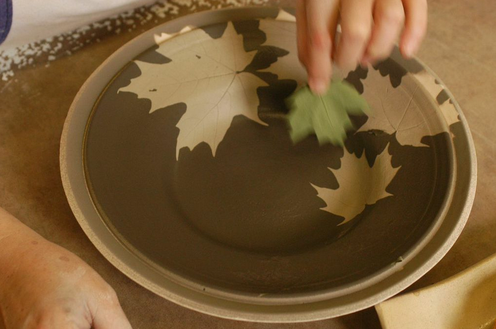 & FAQ about our custom stoneware dinnerware - KALEIDOSCOPE POTTERY